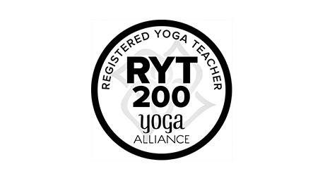 全米ヨガアライアンス200時間 RYT200 kSaNaYoga