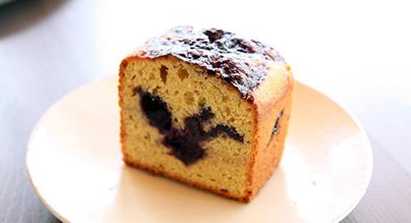 yogacafe_blueberry-cake_2014